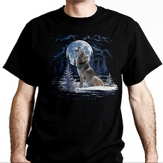 T-Shirt Wolf in the moon